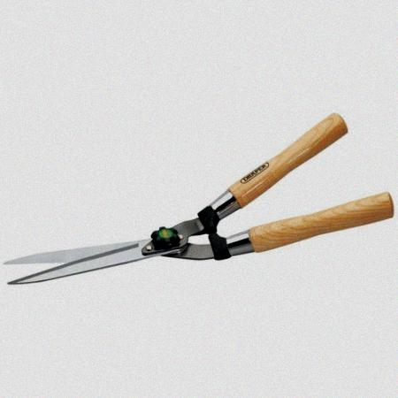 230 mm straight edged garden shears with fsc certified ash handles