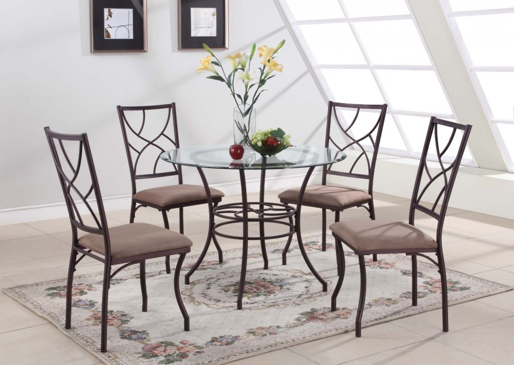5 Best Glass Kitchen Tables Easy To Clean And Care