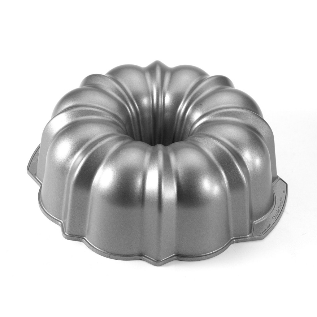 Nordic Ware Commercial Original Bundt Pan