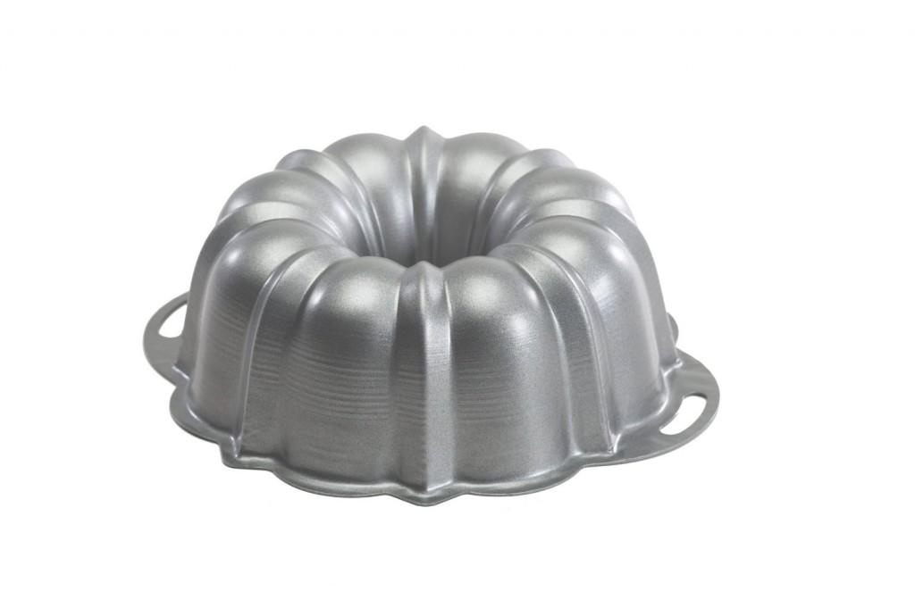 Nordic Ware Pro Form Anniversay Cake Pan