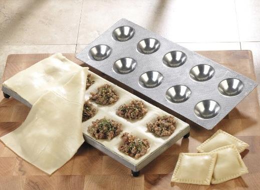 Kitchen Supply Company 1157 Ravioli Maker