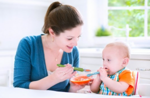 Baby Feeding Spoon - Feed your baby in a safe, easy way