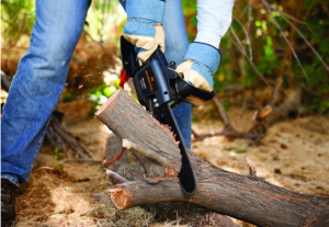 Telescoping Pole Saw - Tackle those hard-to-reach branches with ease