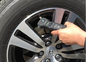 tire-pressure-gauge-with-emergency-tools-be-fully-prepared-be-safe