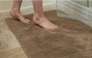 cotton-bath-mat-treat-your-feet-right
