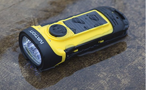 hand-crank-flashlight-never-run-out-of-power