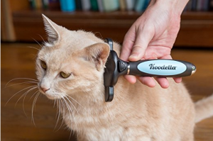 dog-and-cat-deshedding-tool-for-happy-pet-and-clean-home