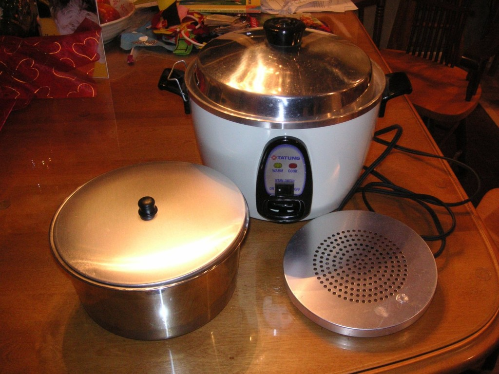 TATUNG TAC-6G RICE COOKER