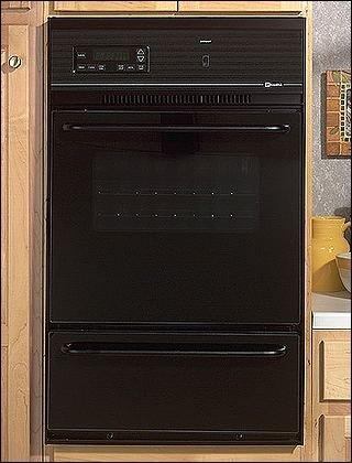 Maytag 24 Single Gas Wall Oven - CWG3100AAB