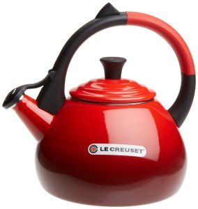 5 Best Le Creuset Tea Kettle – Providing durability and eye-catching beauty on your stovetop