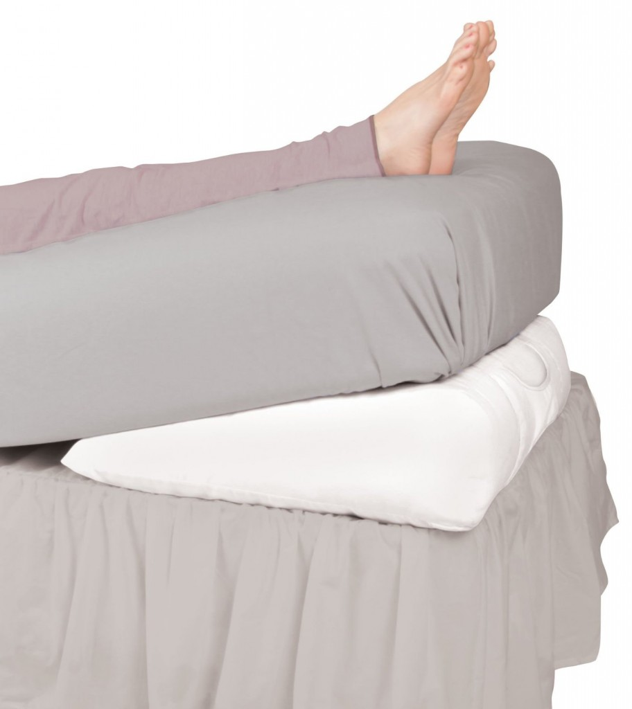 Leachco Swankle Elevated Wedge Pillow