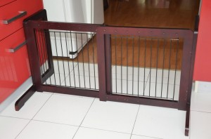 Freestanding Pet Gate - Great for any pet owners