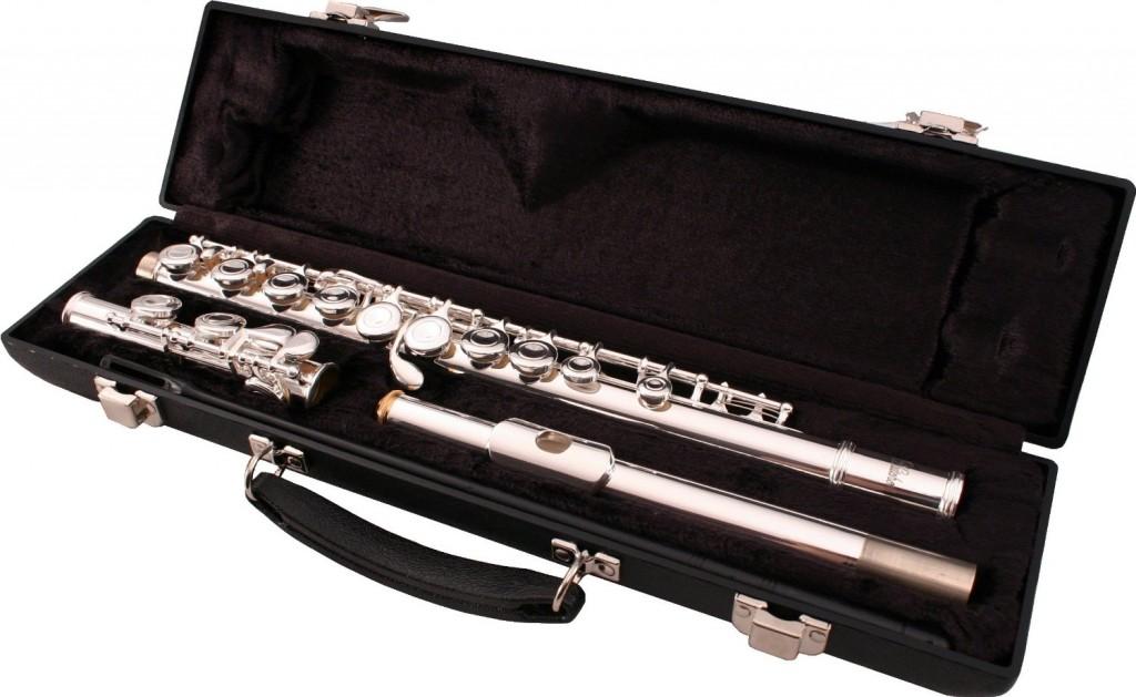 LJ Hutchen Silver C Flute with Hardshell Case