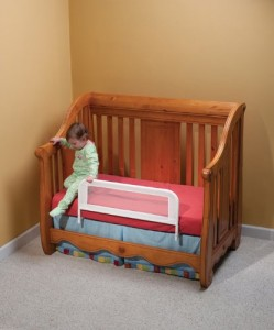 Convertible Crib Bed Rail - Ensure safety while transitioning from the crib