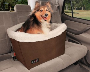 Pet Car Seat - Make travel with your little friend easier