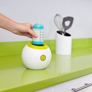 Baby Bottle Warmer - Warms bottles easily and quickly