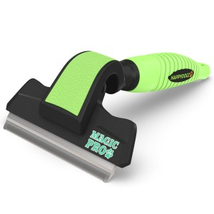 Pet Deshedding Brush - Leave your pet with healthy skin and a shiny coat