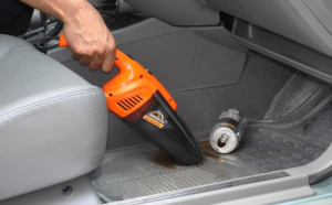 Auto Hand Vacuum - Keep your car clean, easily and quickly